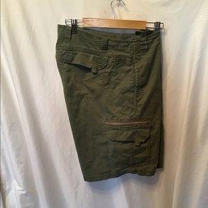 Men's REI Cargo shorts, Lots of pockets, sz. 34